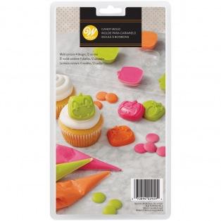 Candy Mold Pumpkins - Wilton