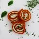 Le roulé salé : tomate chèvre paprika